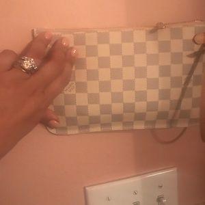 Louis Vuitton Bags - Purse